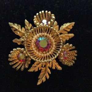1950s Flower Vintage Brooch